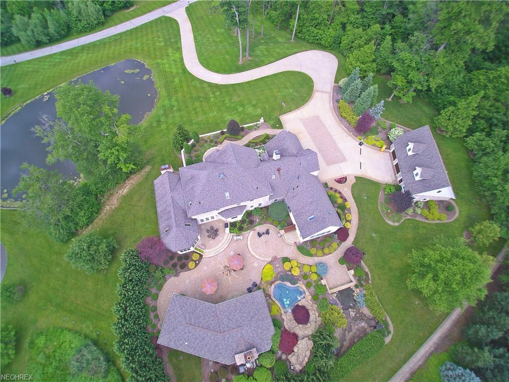 12450 Falcon Ridge Rd, Chesterland, OH 44026
