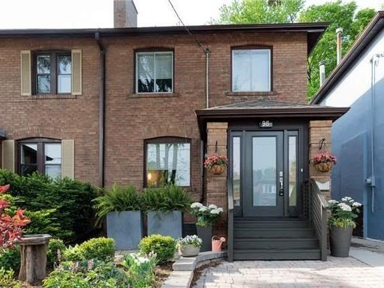 95 W Lawrence Ave, Toronto, ON M5M 1A7
