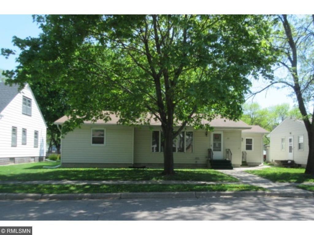 28 Oak Street N, Lester Prairie, MN 55354