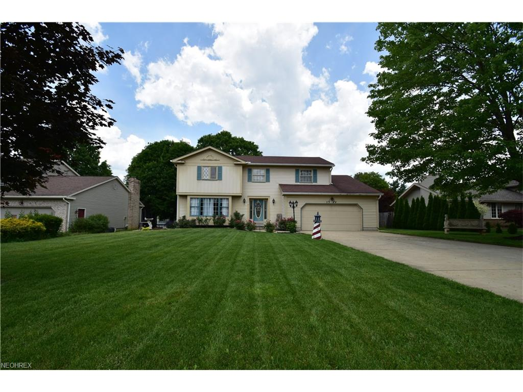 3388 Swallow Hollow Dr, Poland, OH 44514