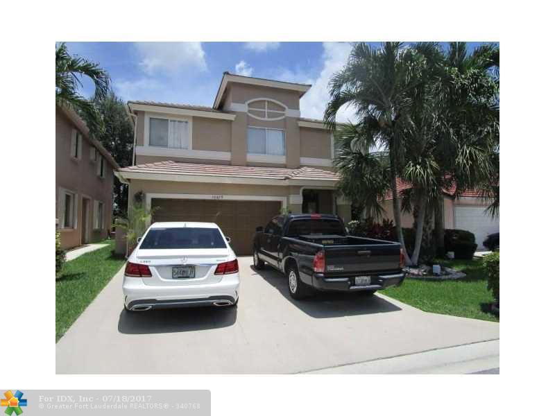 10679 Palm Spring Dr, Boca Raton, FL 33428