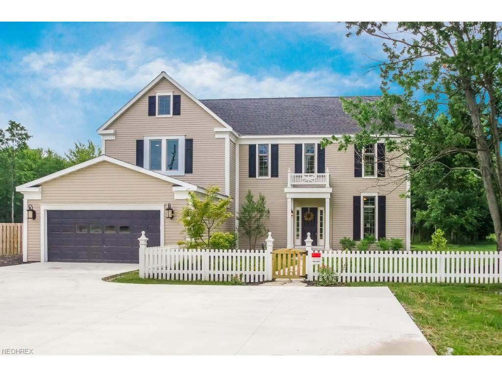 5137 Chillicothe Rd, Chagrin Falls, OH 44022