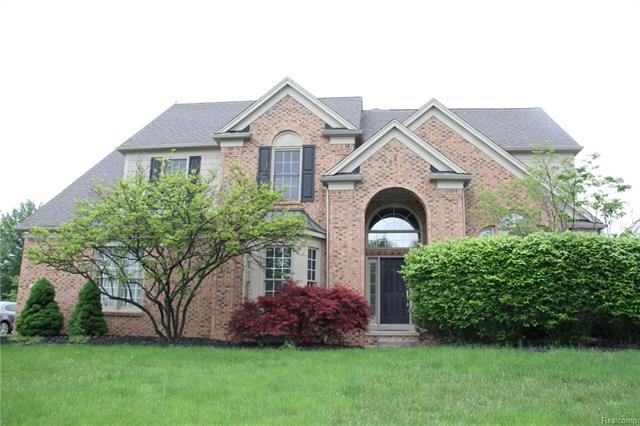 1965 MIDCHESTER Drive, West Bloomfield Twp, MI 48324