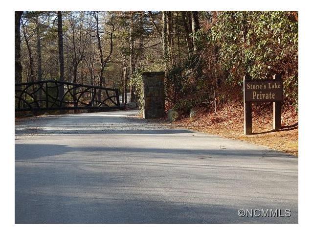 Lot 16 Lakewood Dr, Cedar Mountain, NC 28718