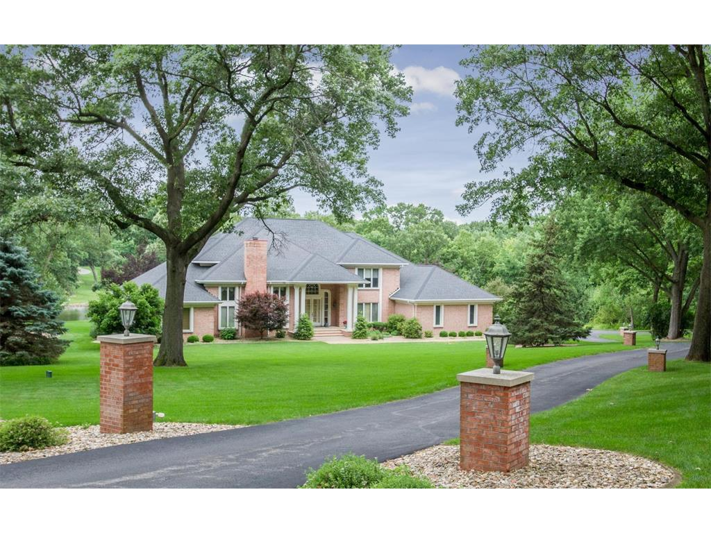 4885 Lakewood Drive NE, Cedar Rapids, IA 52411