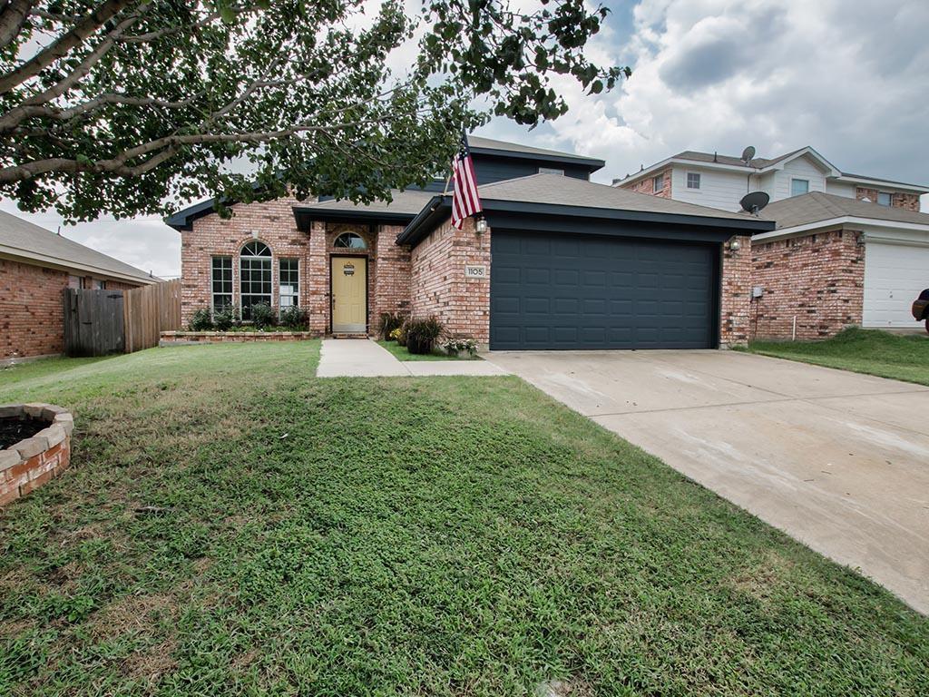 1105 Deedee Creek Drive, Euless, TX 76040