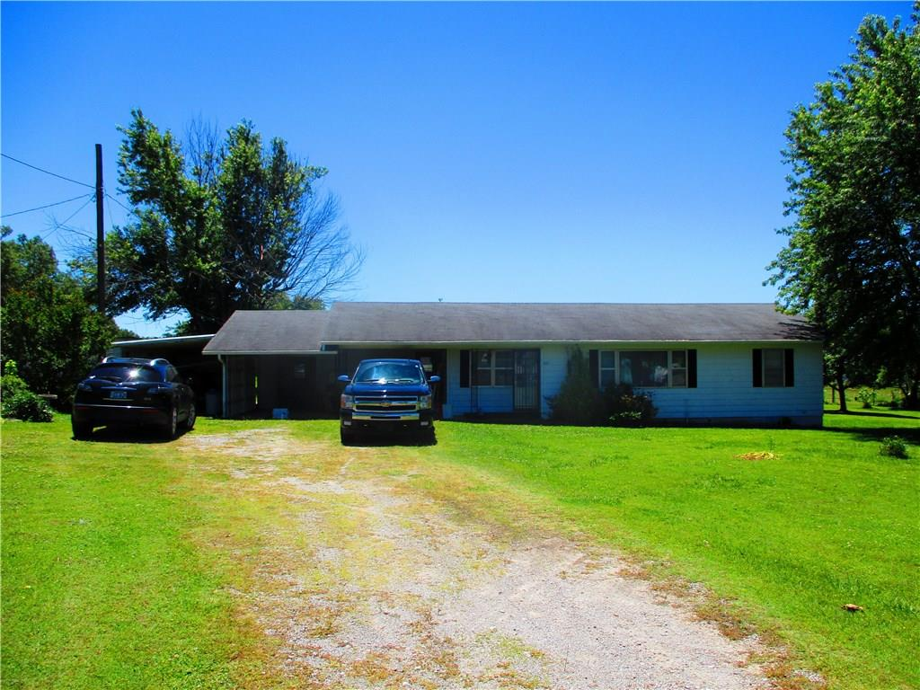 605 Parker ST, Green Forest, AR 72638