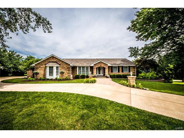 884 Saratoga Heights, St Charles, MO 63304