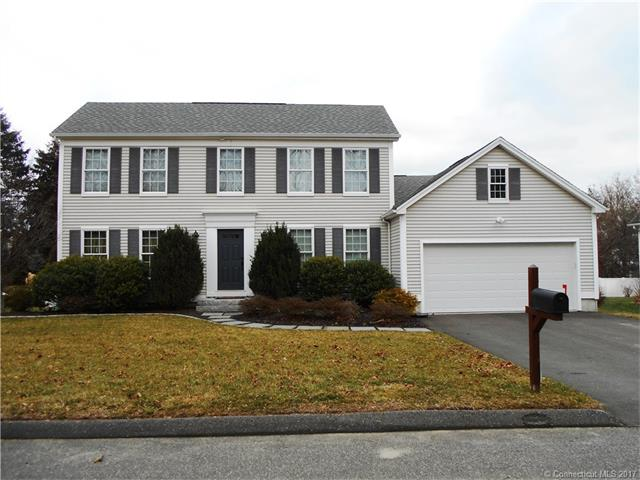 8 Frank Gates Ln, Derby, CT 06418