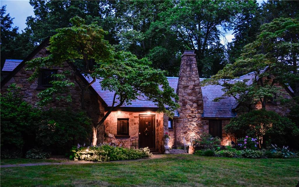 17 Old Orchard Road, North Haven, CT 06473