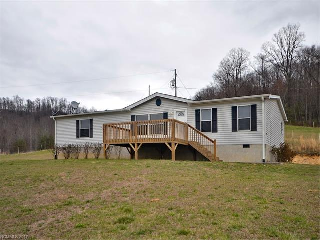 Spacious 3 bedroom and 2 bath home with mountain views situated in a great country setting. This home has new laminate floors and freshly painted interior. Open split-bedroom floor plan. Lot is level to sloping. Existing 24'x48' slab for workshop or detached garage. MOTIVATED SELLER!!!