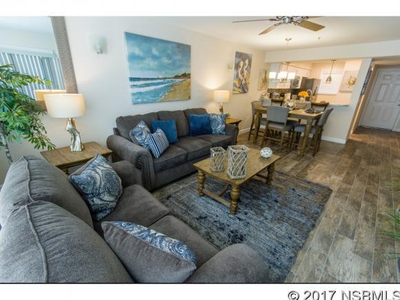 402 Bouchelle Dr 104, New Smyrna Beach, FL 32169
