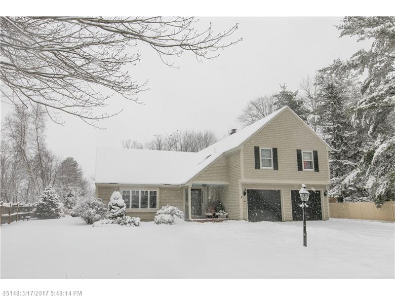 4 Colony LN , South Portland, ME 04106
