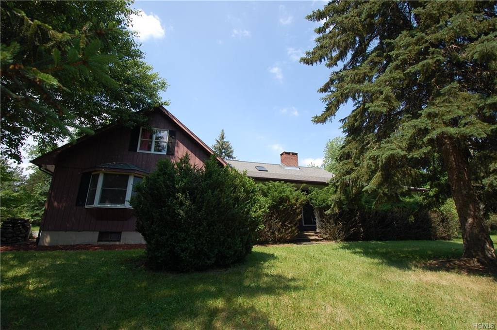 83 Well Sweep Lane, Sugar Loaf, NY 10918