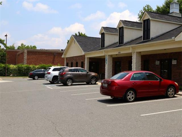 2120 Crown Drive, Charlotte, NC 28227