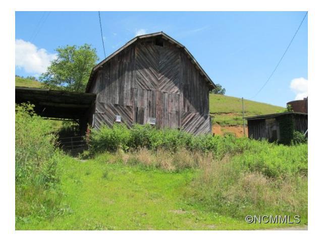 217 John Henry Road, Burnsville, NC 28714