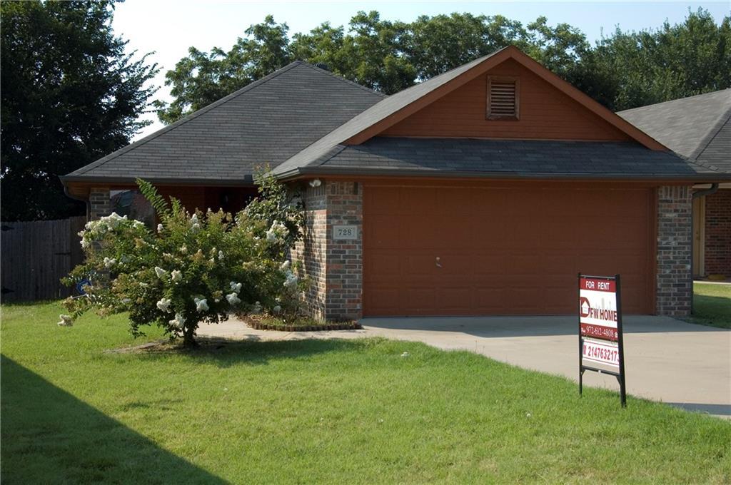 728 Harbour Town Drive, Lake Dallas, TX 75065