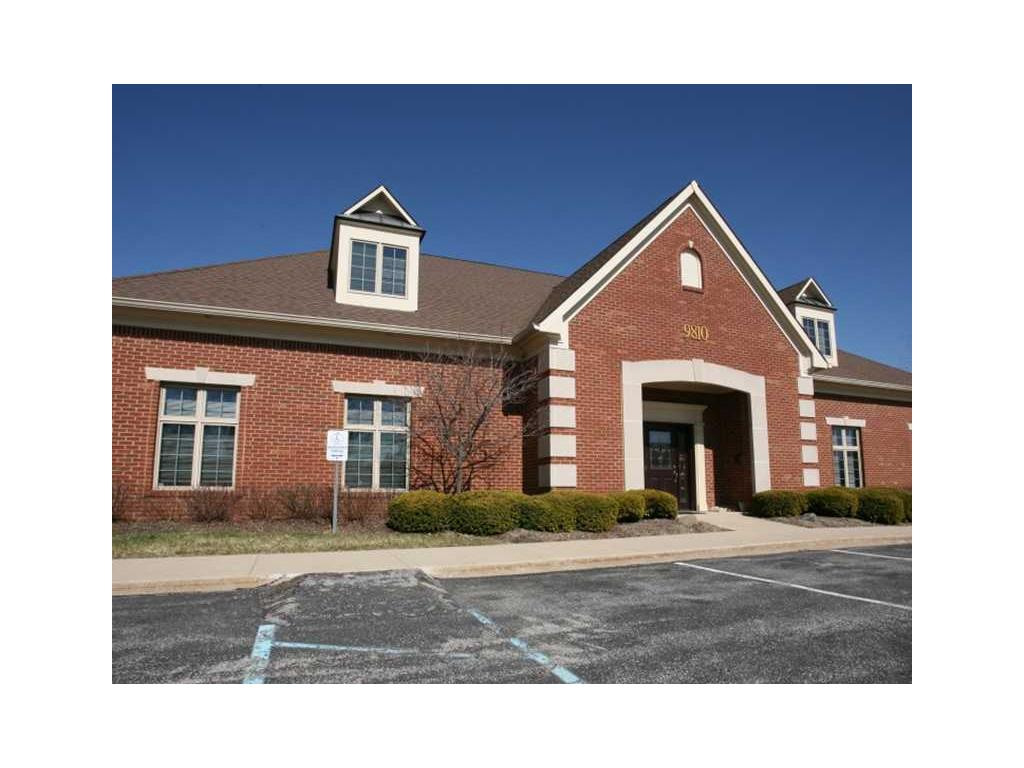 9810 WESTPOINT Drive, Indianapolis, IN 46256