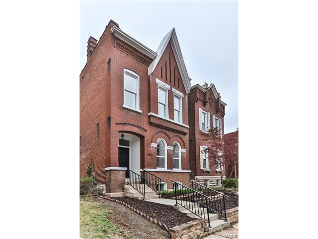 , St Louis, MO 63118