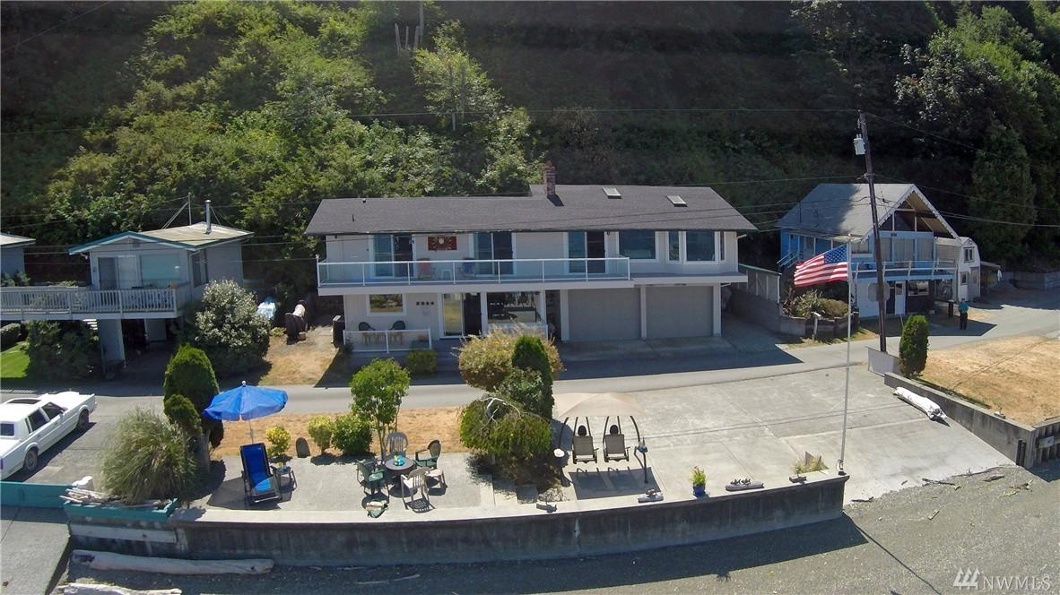 3200 Shoreline Dr, Camano Island, WA 98282