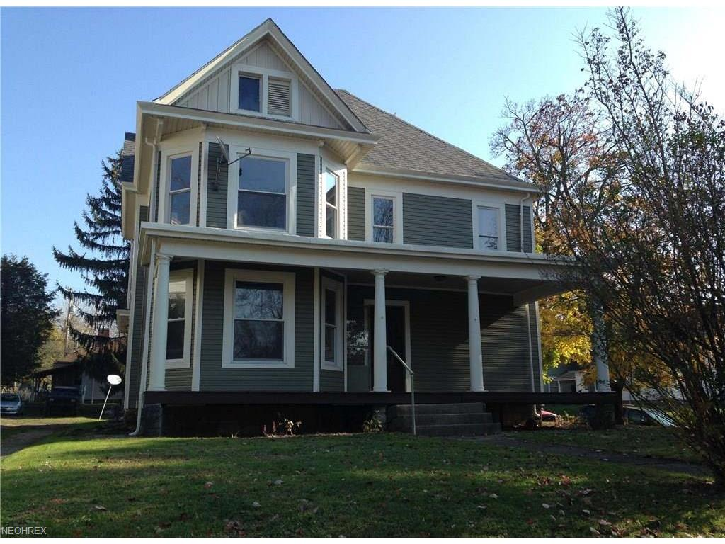 364 S 3rd St, Coshocton, OH 43812