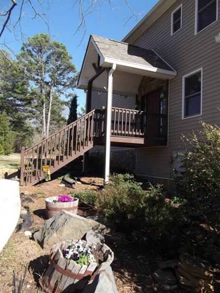 32 Travelers Point, Toccoa, GA 30577