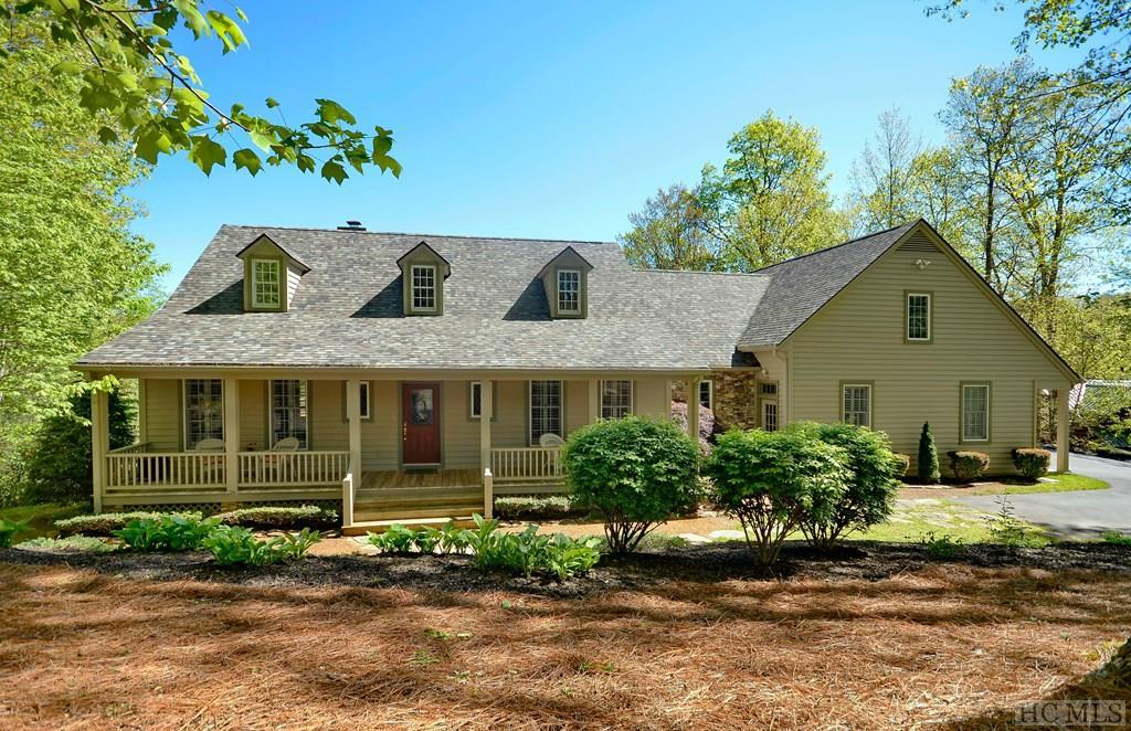 1159 West Rochester Drive, Cashiers, NC 28717