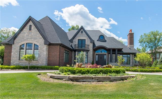 3890 PICCADILLY Drive, Rochester Hills, MI 48309