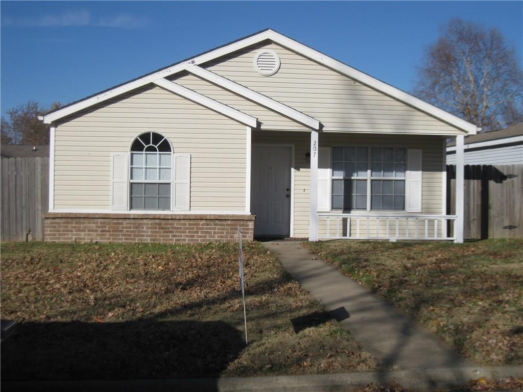 207 SE 17th ST, Bentonville, AR 72712