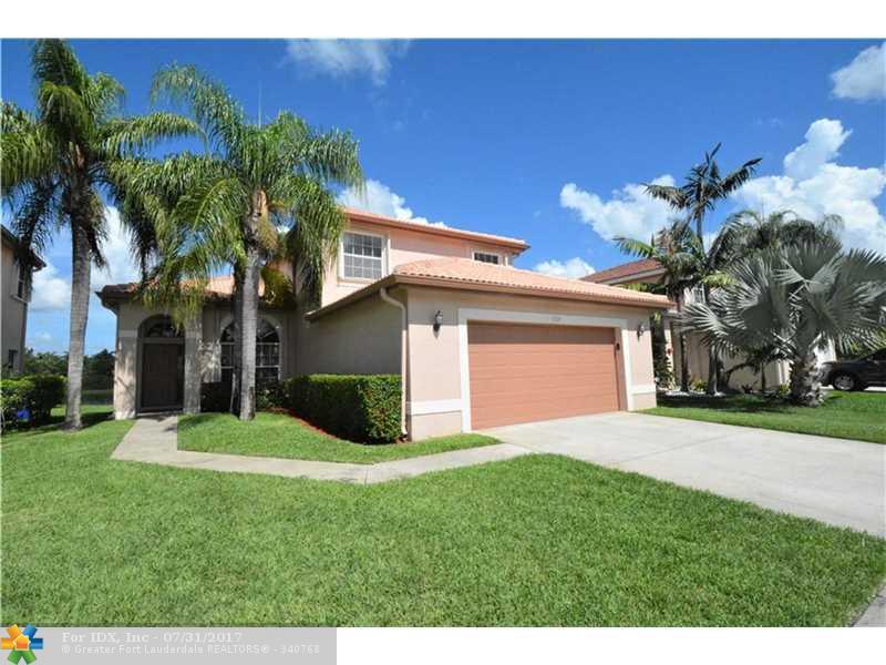 1328 SW 181st Ave, Pembroke Pines, FL 33029