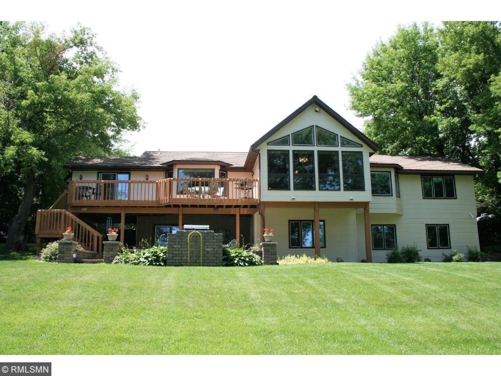 8232 Ingram Avenue SW, Howard Lake, MN 55349