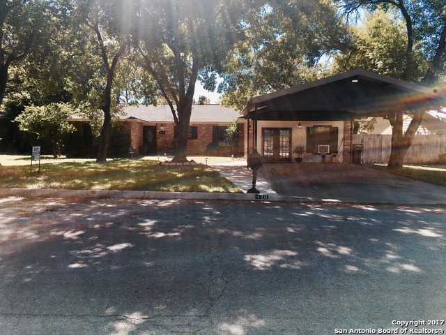 420 William Drive, Pearsall, TX 78061