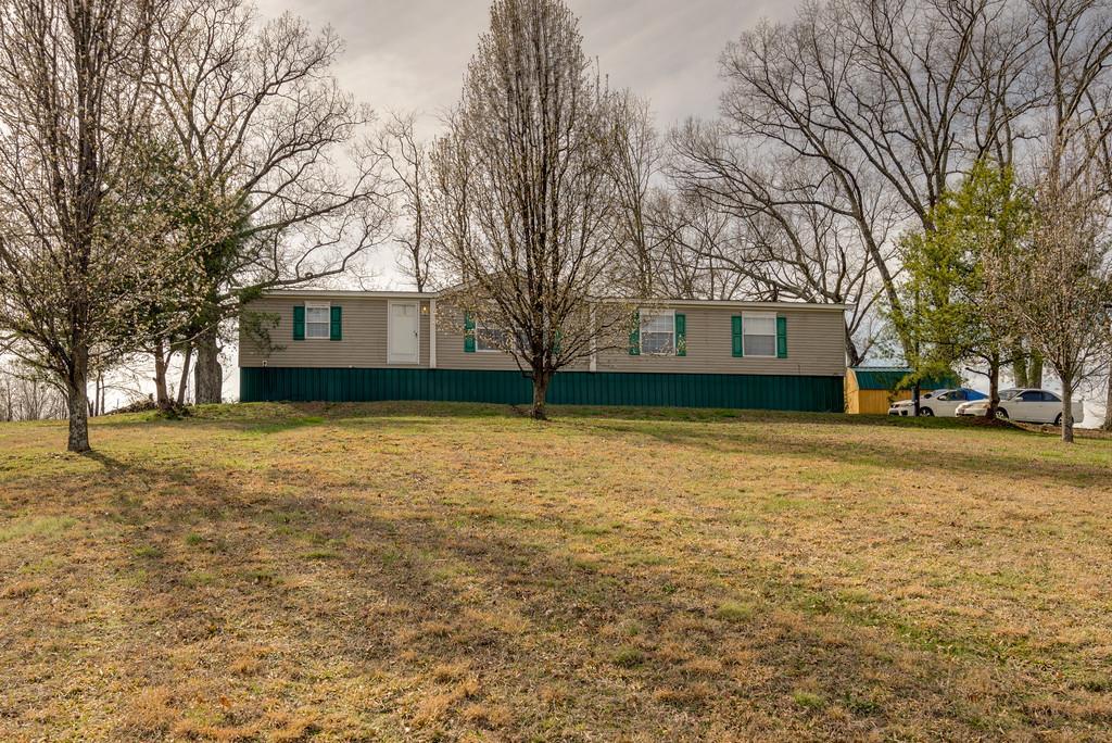 17907 Campbellsville Rd, Lynnville, TN 38472