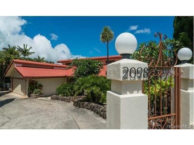 2098 Aliali Place, Honolulu, HI 96821