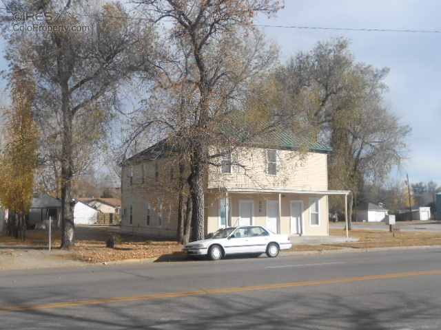 305 Colorado Ave, Brush, CO 80723