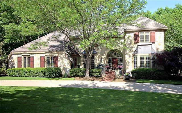 12104 Pawnee Lane, Leawood, KS 66209