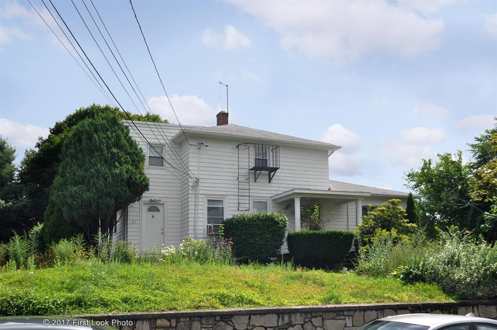 70 MORGAN AV, North Providence, RI 02911