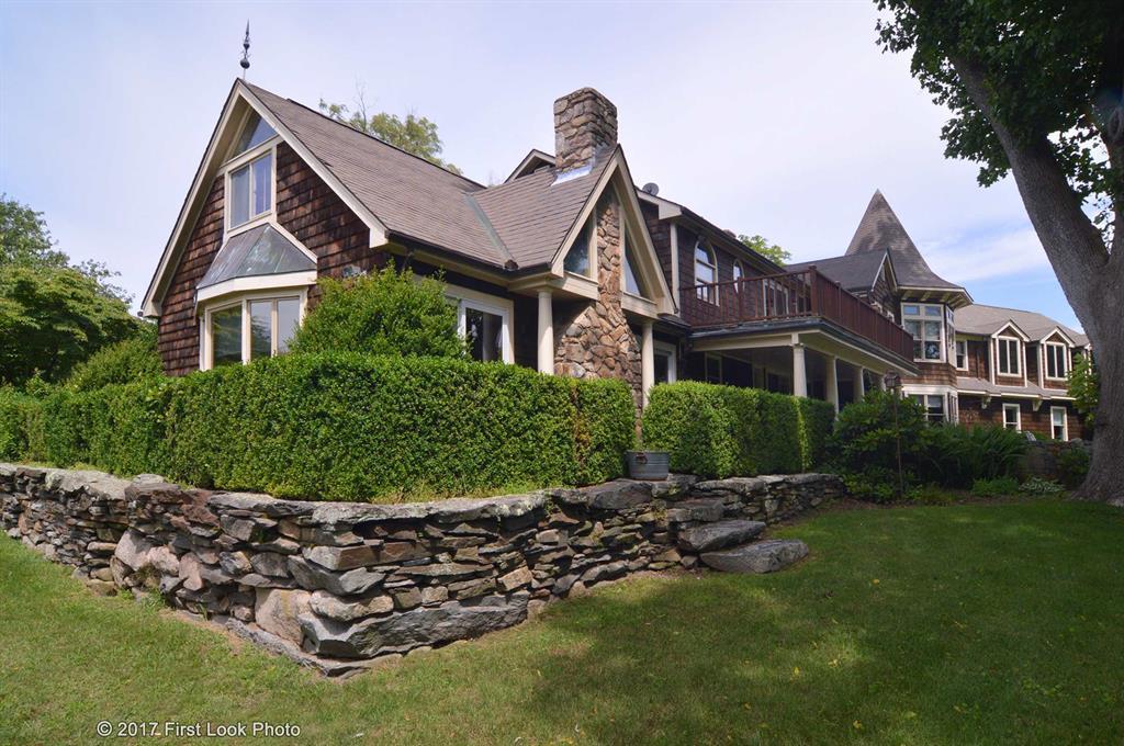 500 Old Boston Neck RD, Narragansett, RI 02874