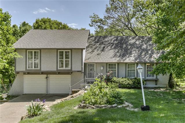 14105 W 48th Terrace, Shawnee, KS 66216
