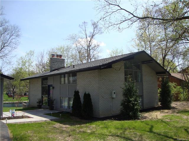29765 HIGHMEADOW RD, Farmington Hills, MI 48334