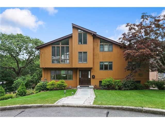 19 Russell Place, Dobbs Ferry, NY 10522