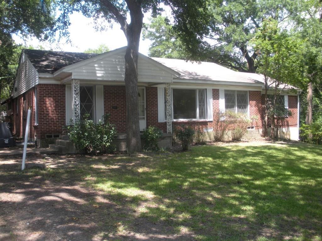 6253 WOFFORD Avenue, Dallas, TX 75227