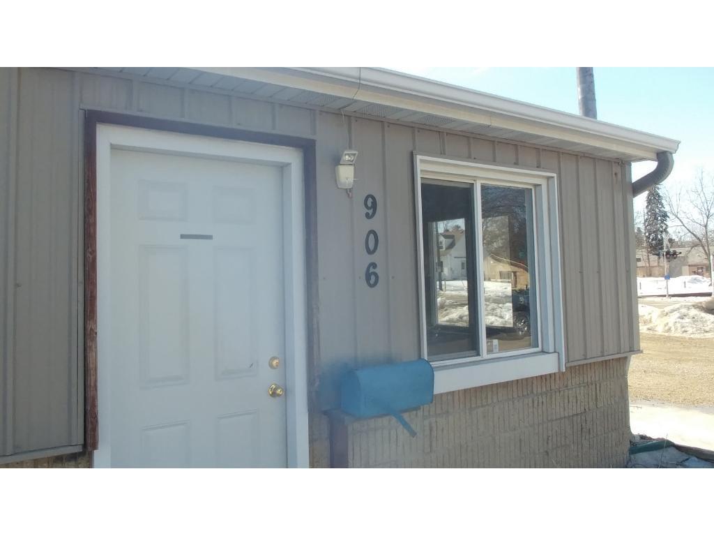 906 / 1002 2nd Street NE, Rochester, MN 55906