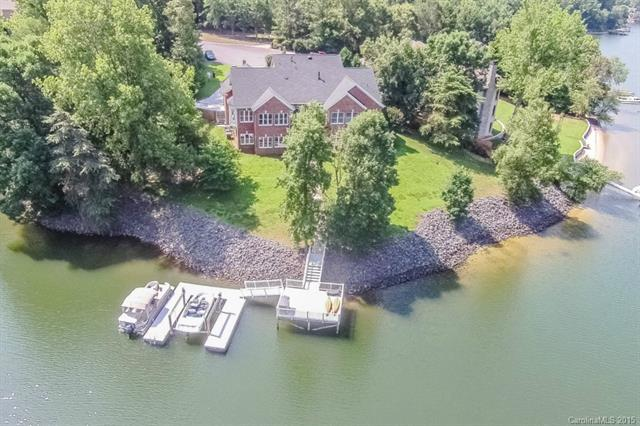 11054 Holiday Cove Drive, Tega Cay, SC 29708