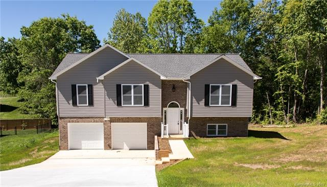 2835 24th St Drive, Hickory, NC 28601