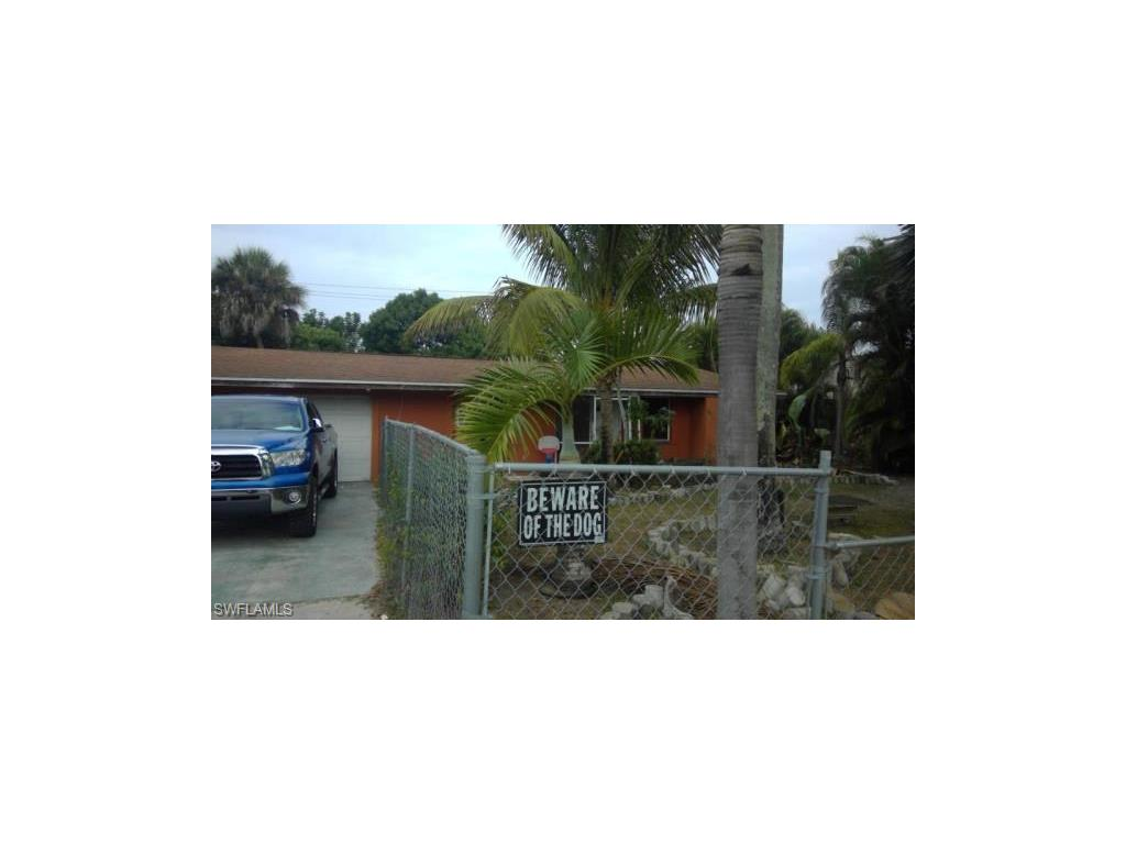 1515 Maple DR, FORT MYERS, FL 33907