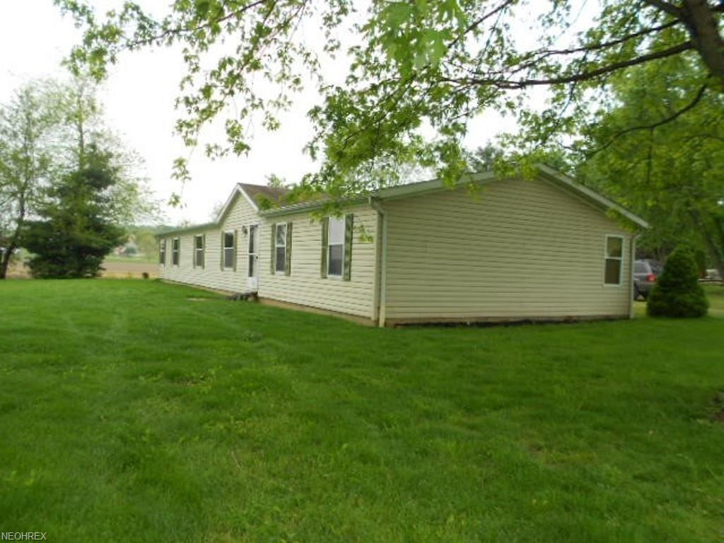 5940 Fawn Dr, Dresden, OH 43821