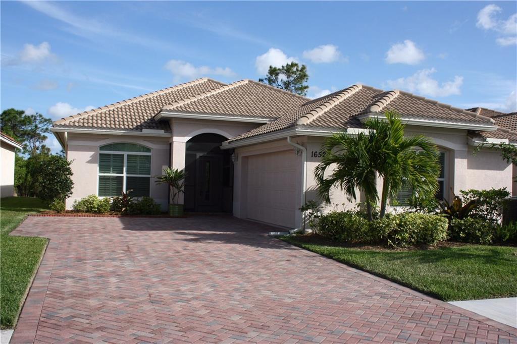 1652 NW Old Oak Terrace, Jensen Beach, FL 34957