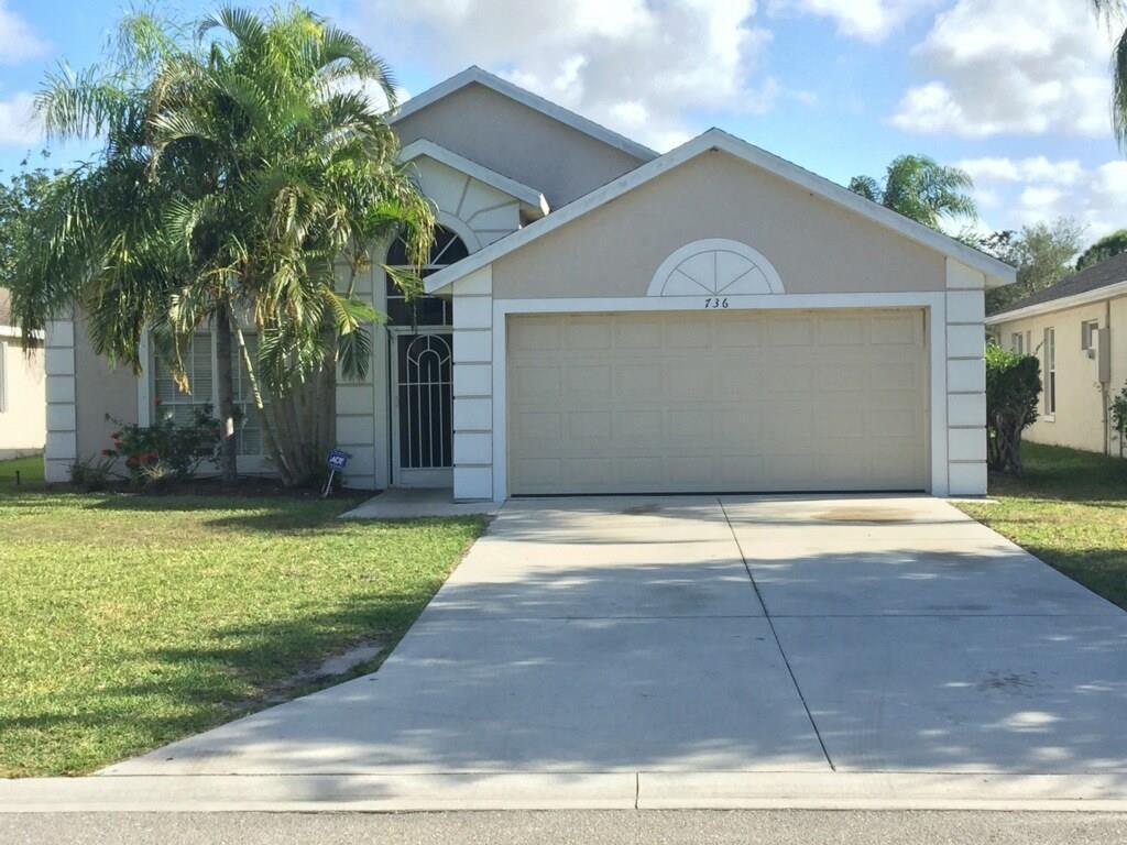 736 NW Waterlily Place, Jensen Beach, FL 34957