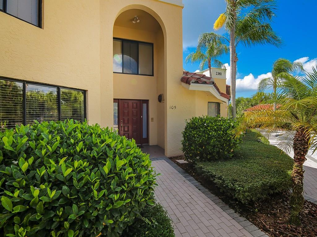 2381 SW Carriage Hill Terrace 105, Palm City, FL 34990